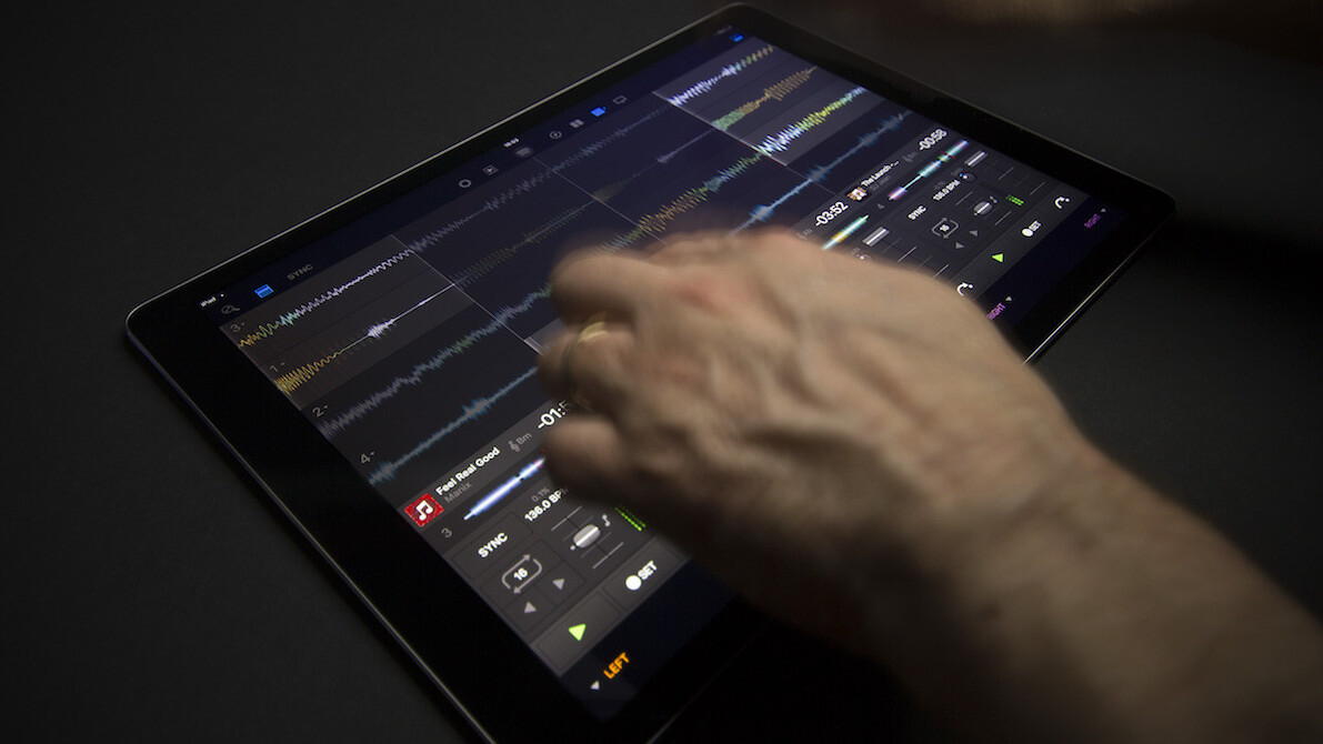 dJay Pro hits the iPad in time to rock your end-of-year party