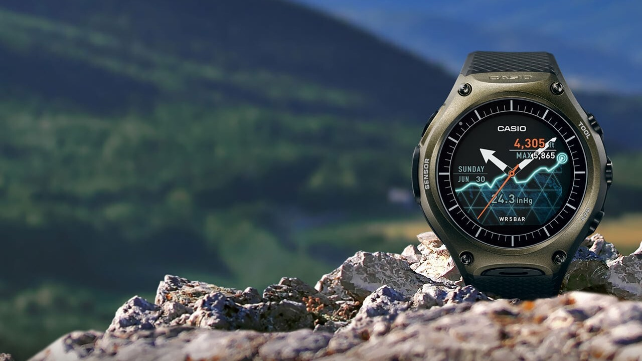 Casio's smartwatch for outdoorsmen offers 1 month of battery life, but there's a catch