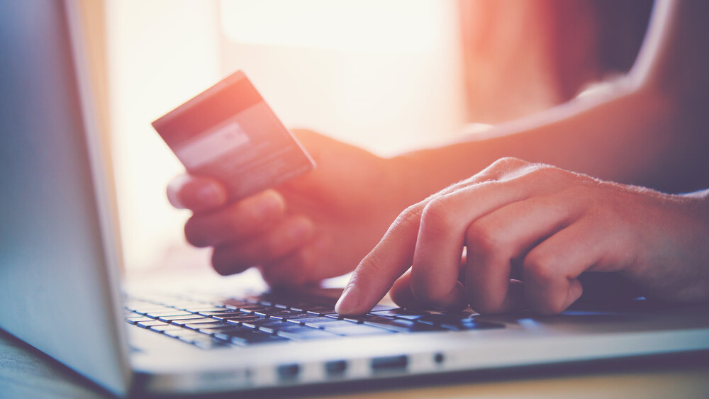 17 e-commerce growth hacks to try this month