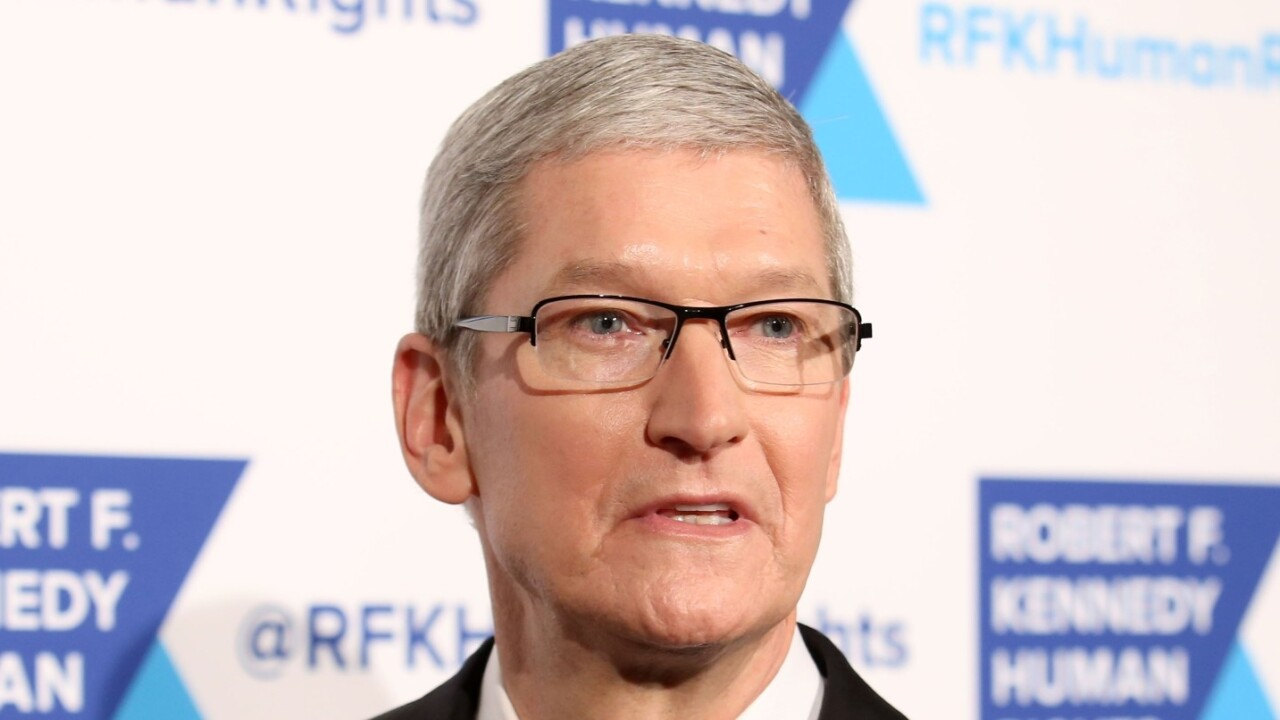This Florida sheriff will jail 'rascal' Tim Cook if he doesn't open up the iPhone