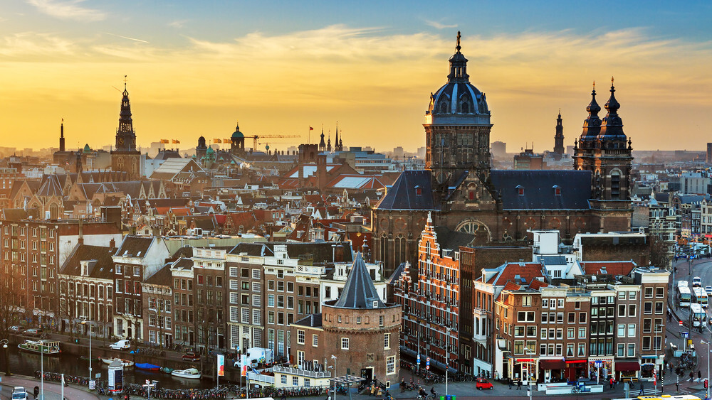 Startups are moving to Amsterdam, but should you?