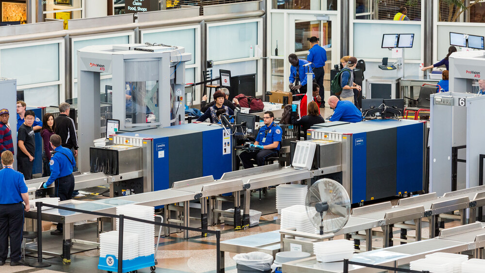 The TSA spent $336,000 on an iPad app that decides what line you go in at security