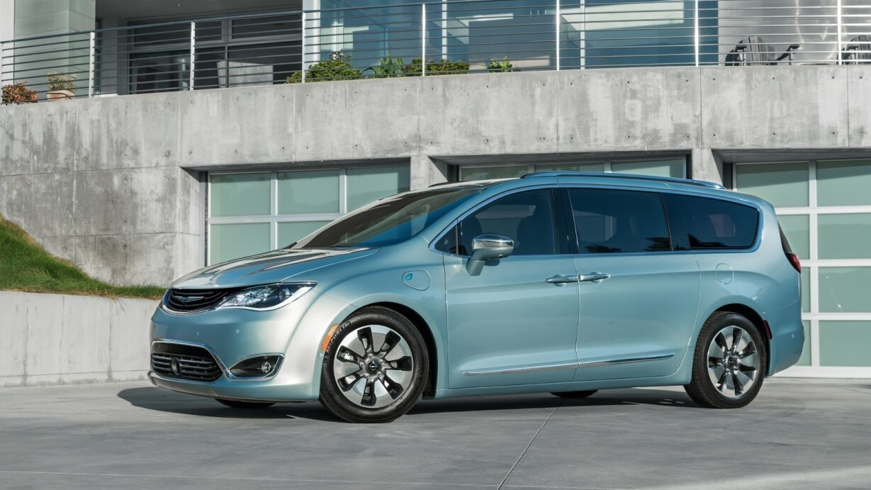 Google and Chrysler will have a fleet of self-driving minivans on the road by 2017
