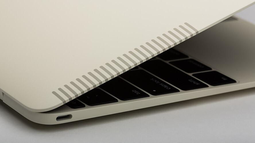 Colorware-skinned 12-inch MacBook looks like an Apple IIe from the 80s