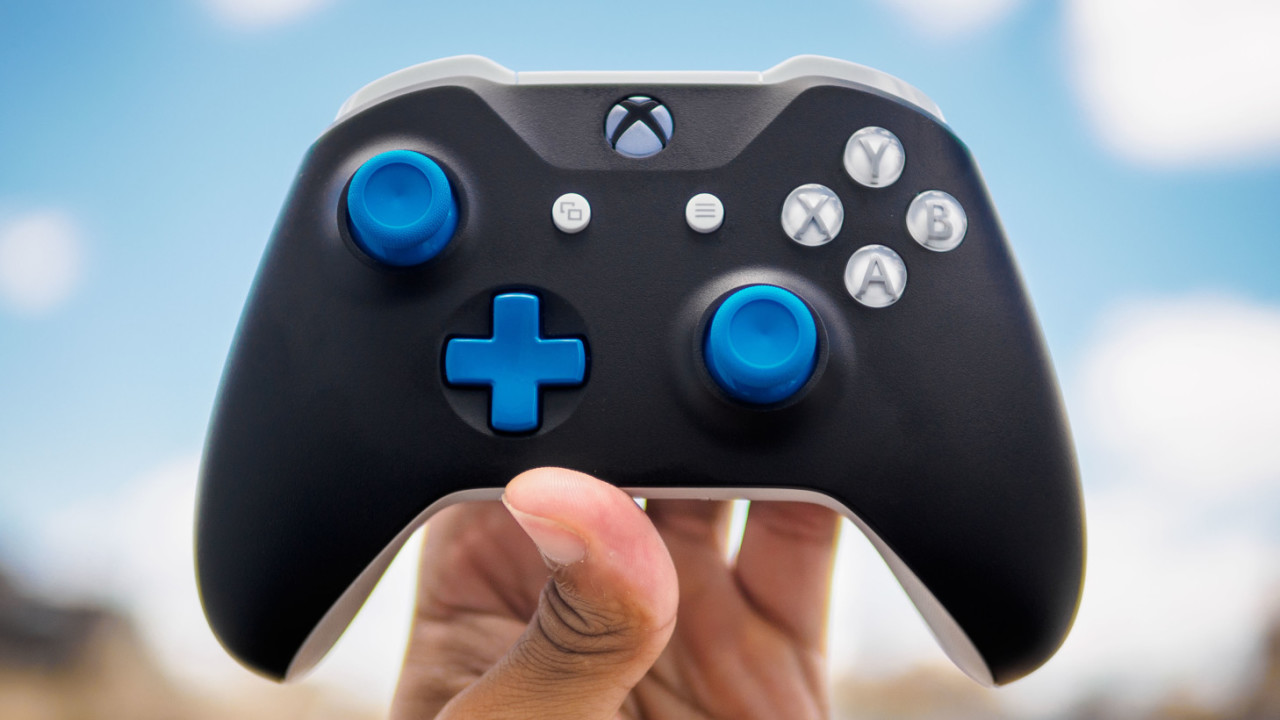 Review: Designing my own Xbox controller was fun, but yours can be weirder