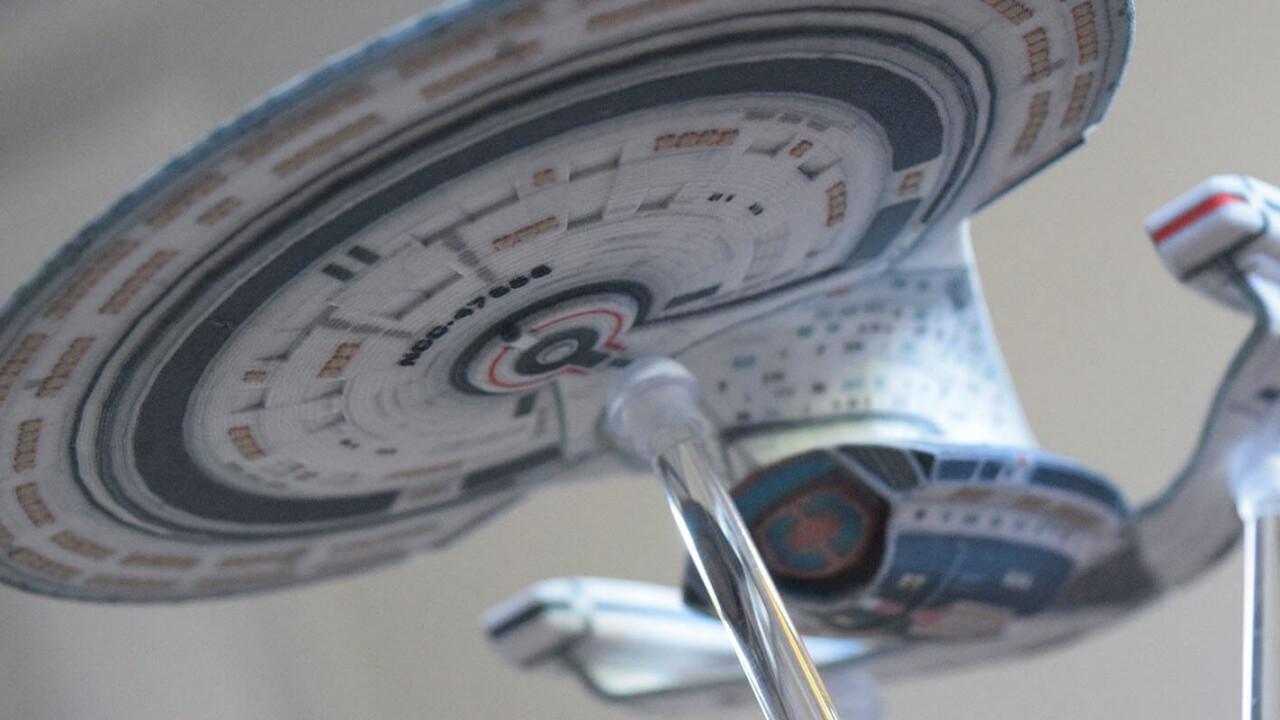 You will soon be able to buy licensed 3D printed models of Star Trek spacecraft