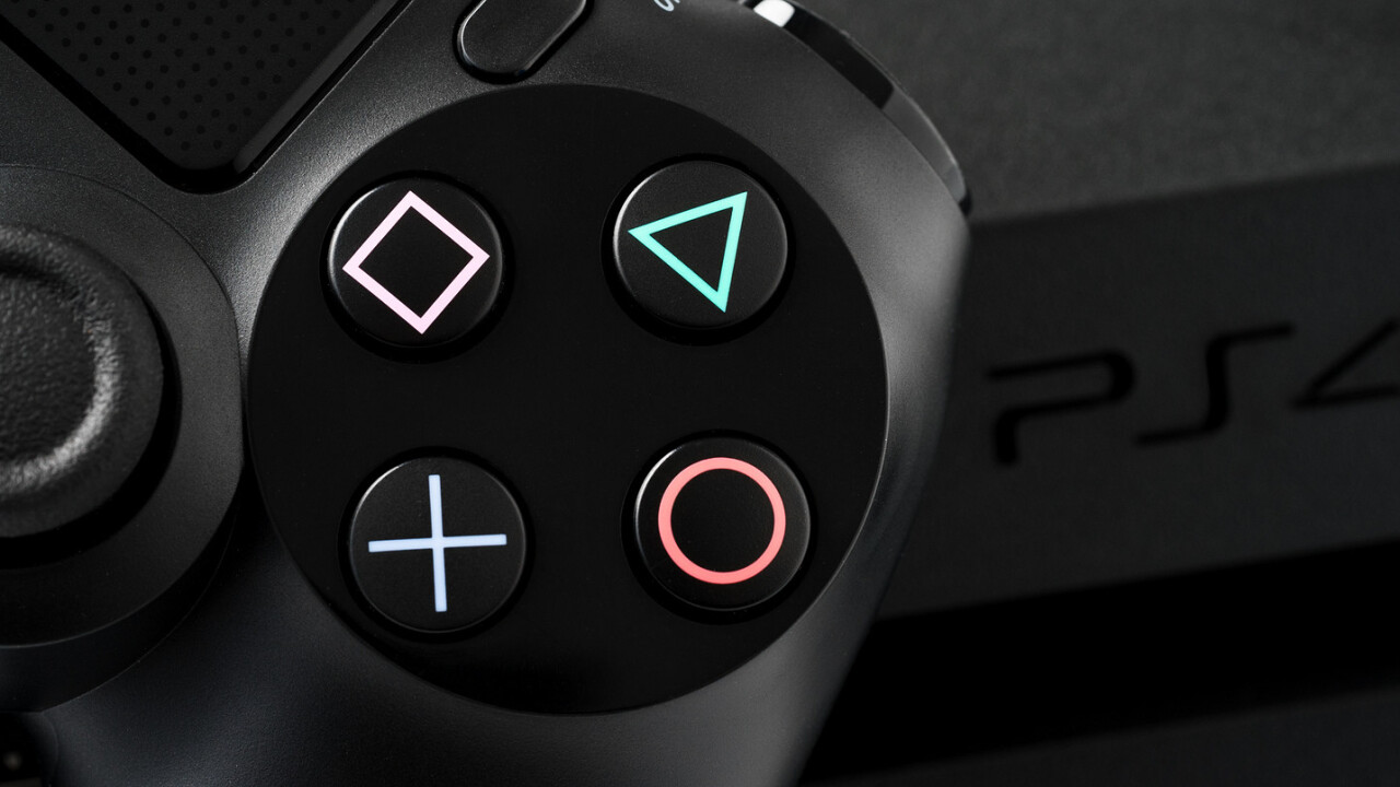 Nintendo and Xbox team up for crossplay. Why not Sony?