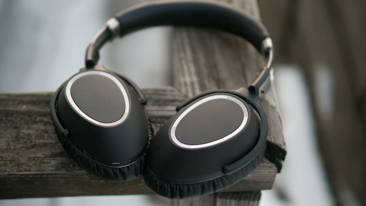 Review: Sennheiser's PXC 550 offer noise cancelling worthy