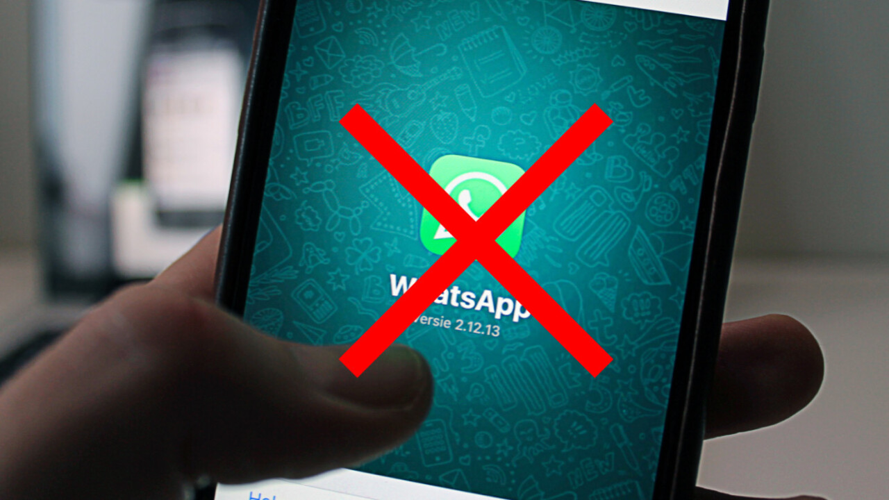 WhatsApp got tons of fake 5-star reviews after terrible Snapchat-like update [Updated]
