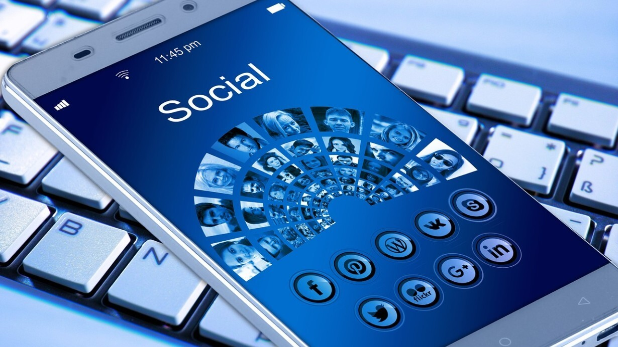 Leadership with Social Media: 7 Essential Tips for The New Leaders