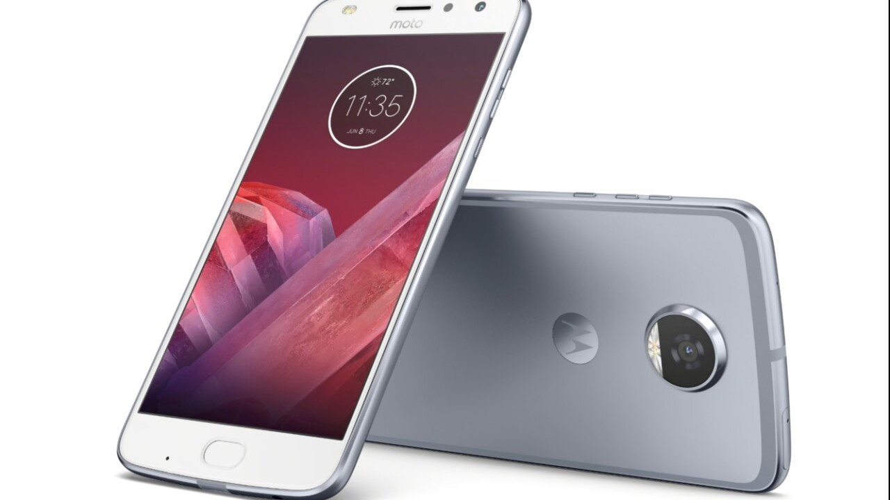 Motorola unveils Moto Z2 Play, GamePad mod, and more