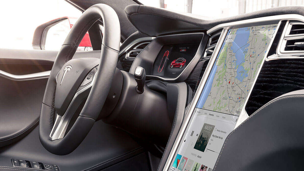 US authorities conclude last year's fatal Tesla crash was mostly human error
