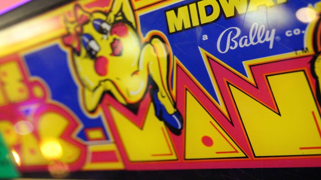 Microsoft AI sets Ms. Pac-Man record in latest blow to human superiority