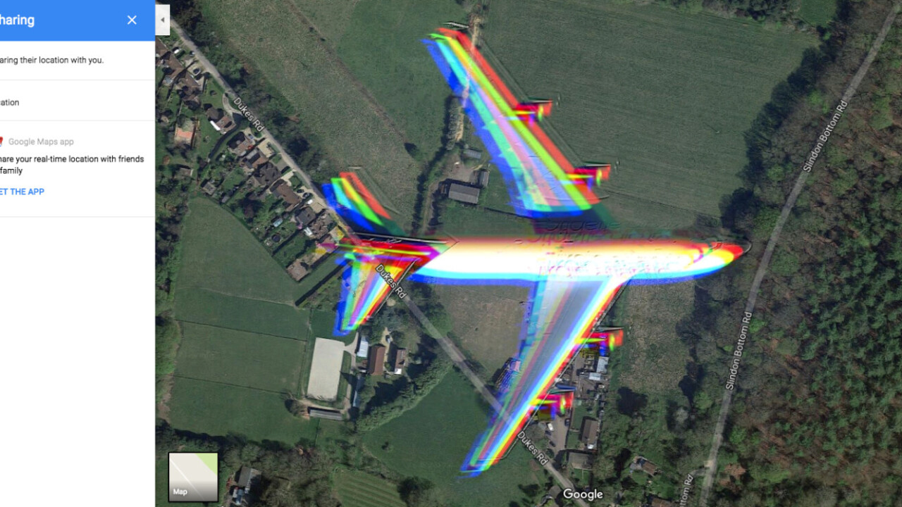 Google Maps accidentally caught a satellite image of an airplane mid-flight