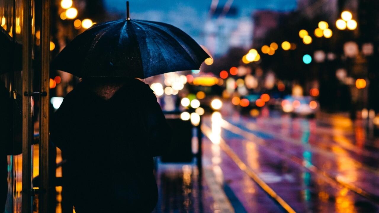 Shanghai umbrella-sharing startup went broke because users like stealing more than renting