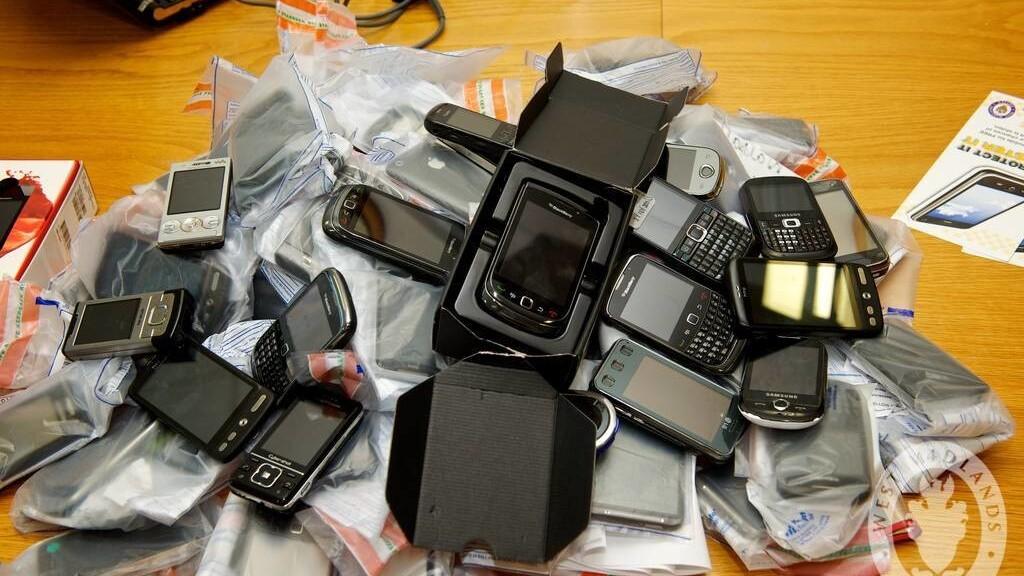 I carry two phones. I'm not a drug dealer, I swear.