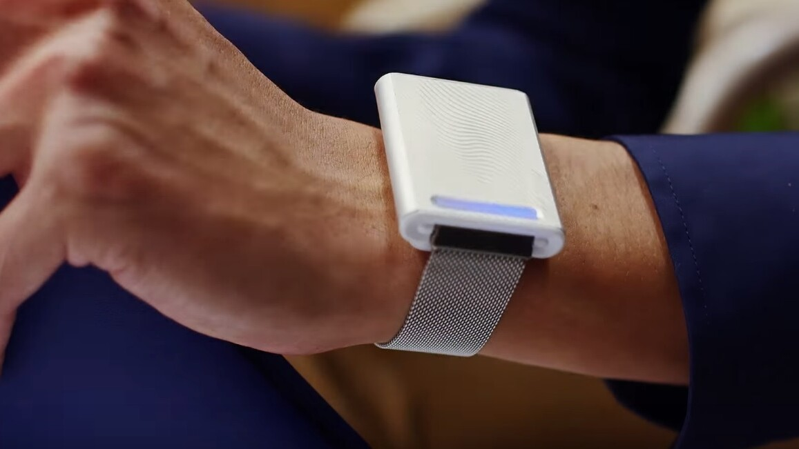 MIT students are selling a personal thermostat for your wrist