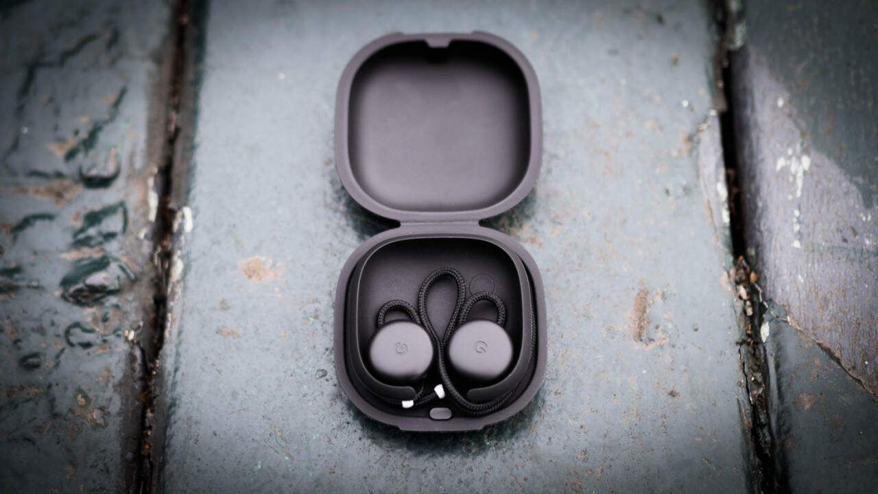 Review: Google's Pixel Buds have significant flaws, but I love them