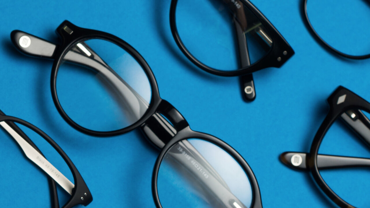 6 Reasons Why Ordering Glasses Online Is The Best Decision You'll Make This Holiday Season