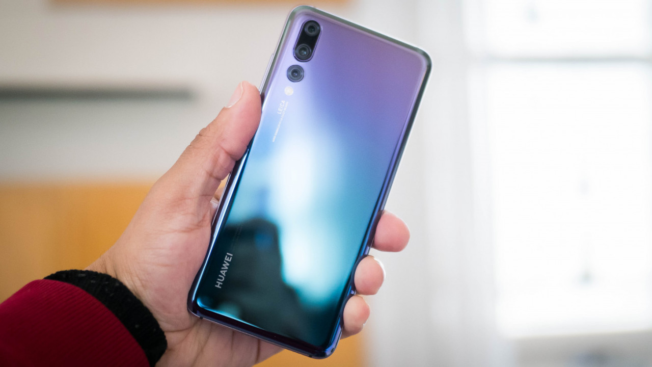 Hands-on: Huawei P20 Pro packs 3 cameras and a giant 40MP sensor