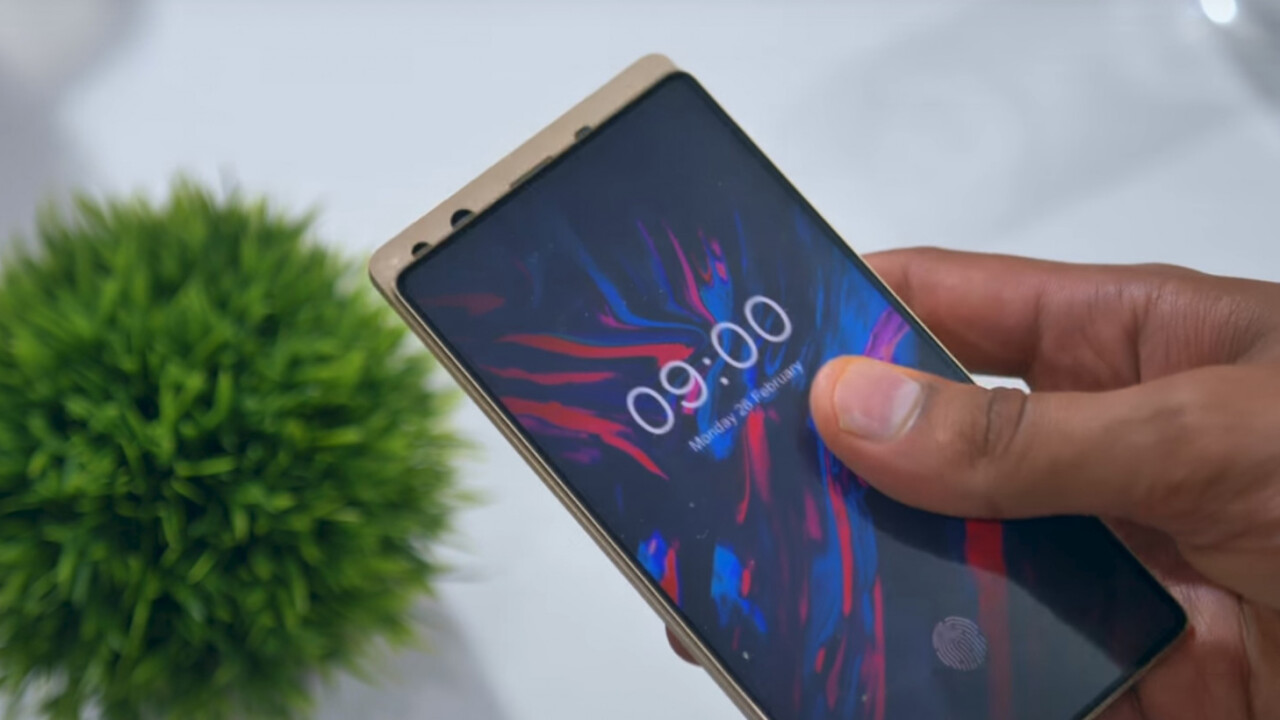 Doogee built a truly bezel-and-notch-free phone with a clever sliding design
