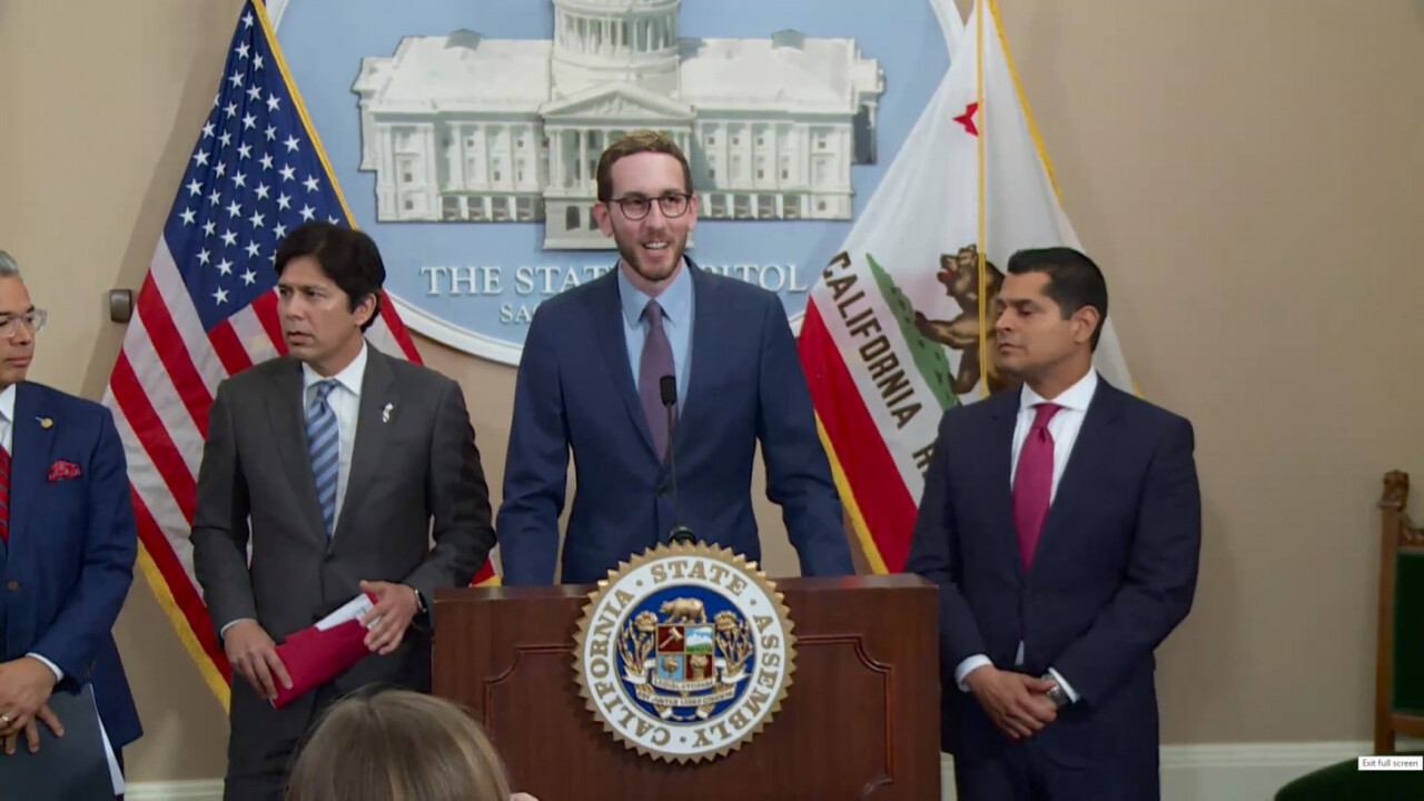 California democrats to reintroduce net neutrality bill. Here's what you need to know
