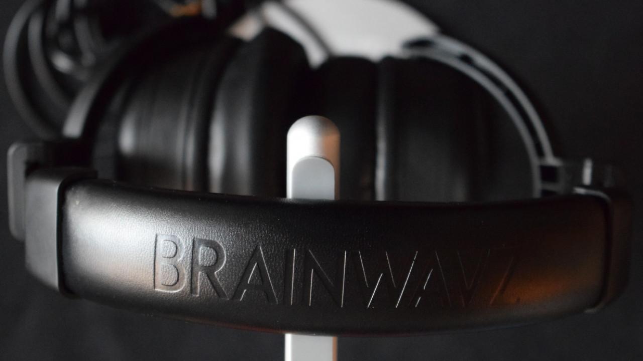 Review: The Brainwavz HM5 studio headphones provide pro sound at an indie price