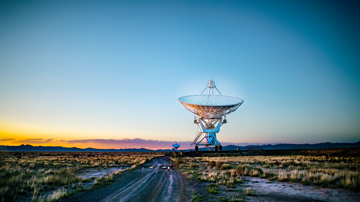 New telescope chases the mysteries of radio flashes and dark energy