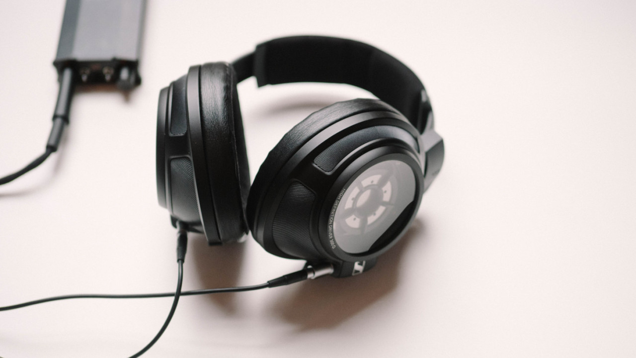 403c879e8d815b Review: Sennheiser's HD820 are superb, imperfect headphones like no other