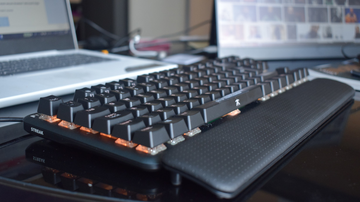 Review: The Fnatic miniSTREAK is a solid gaming keyboard for under $100