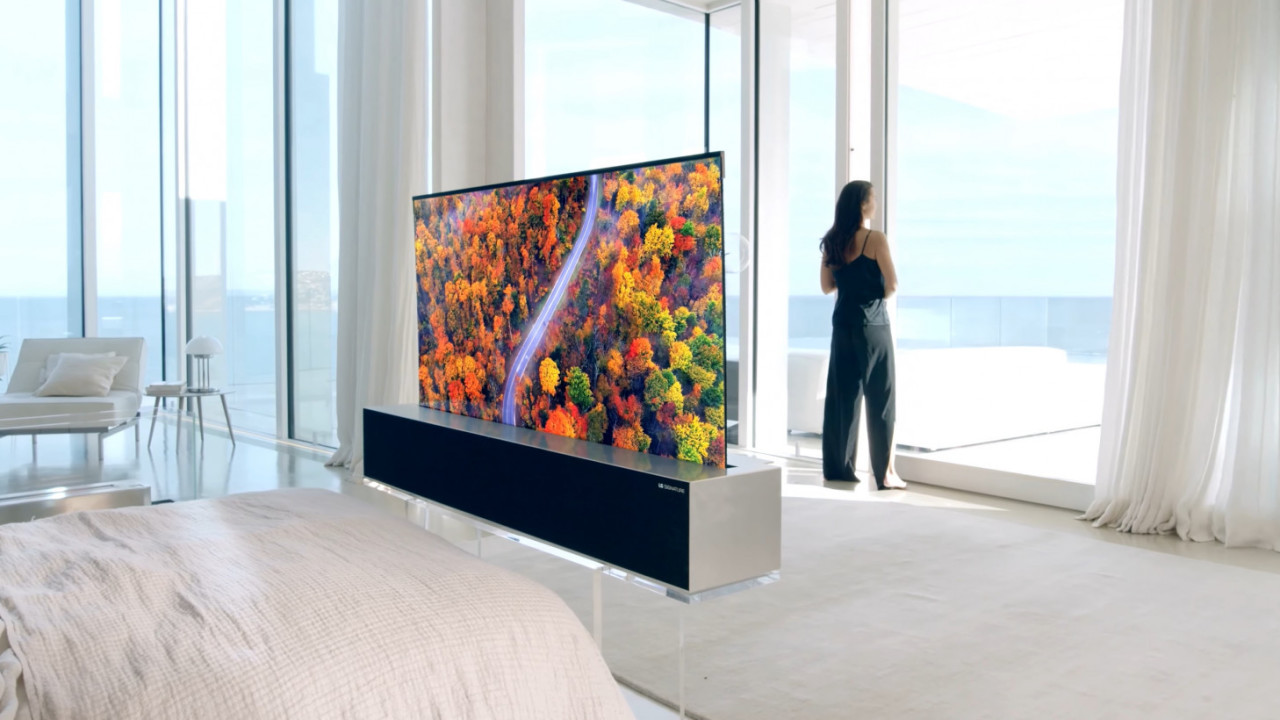 eb152e367093 LG's amazing roll-up TV is now the real deal, and it goes on sale ...