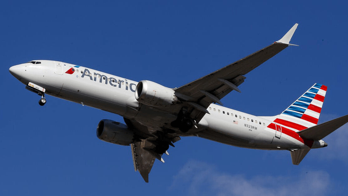 Boeing 737 MAX's crashes explained by an aircraft expert