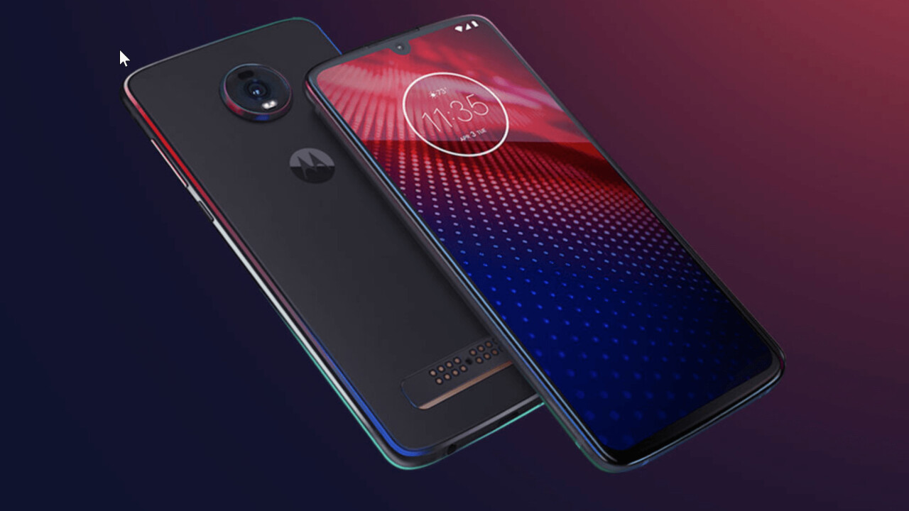 Motorola's $500 Moto Z4 doesn't give up on the mods