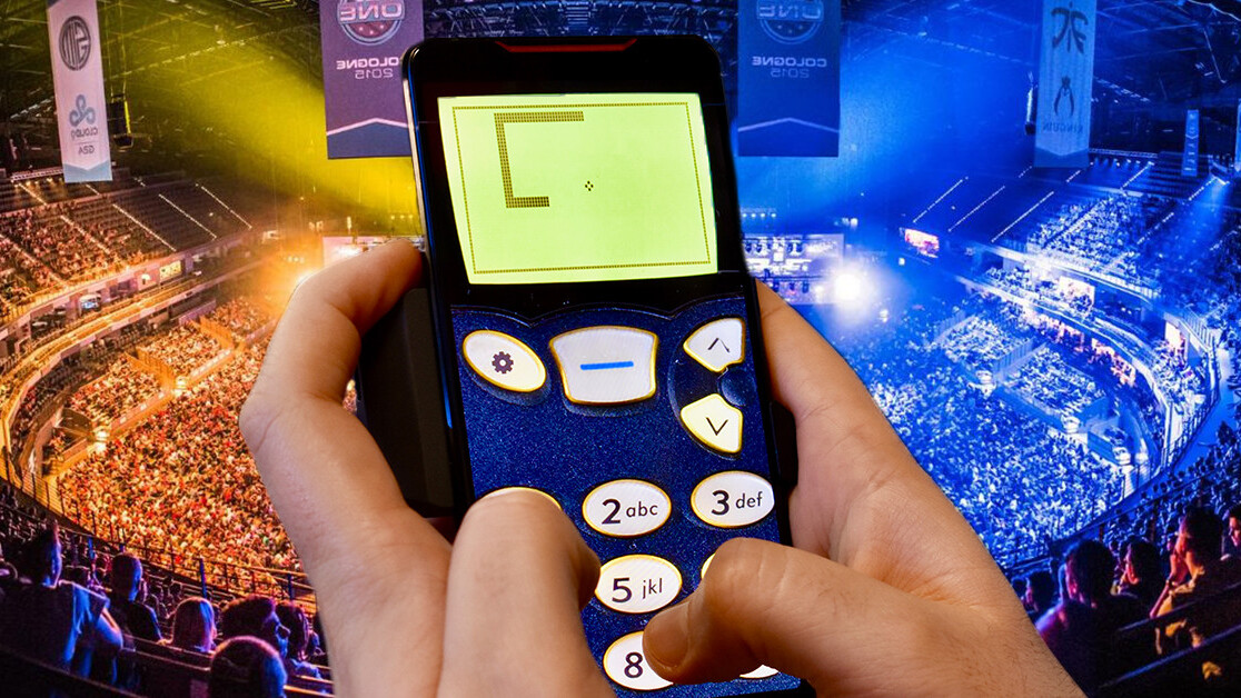 ASUS made a souped-up gaming phone… so I used it to play Snake