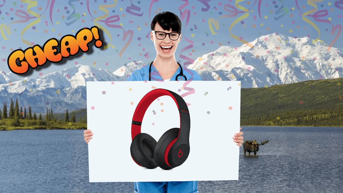 CHEAP: Bass? In your… face? Yes, now the Beats Studio 3 headphones have $129 off