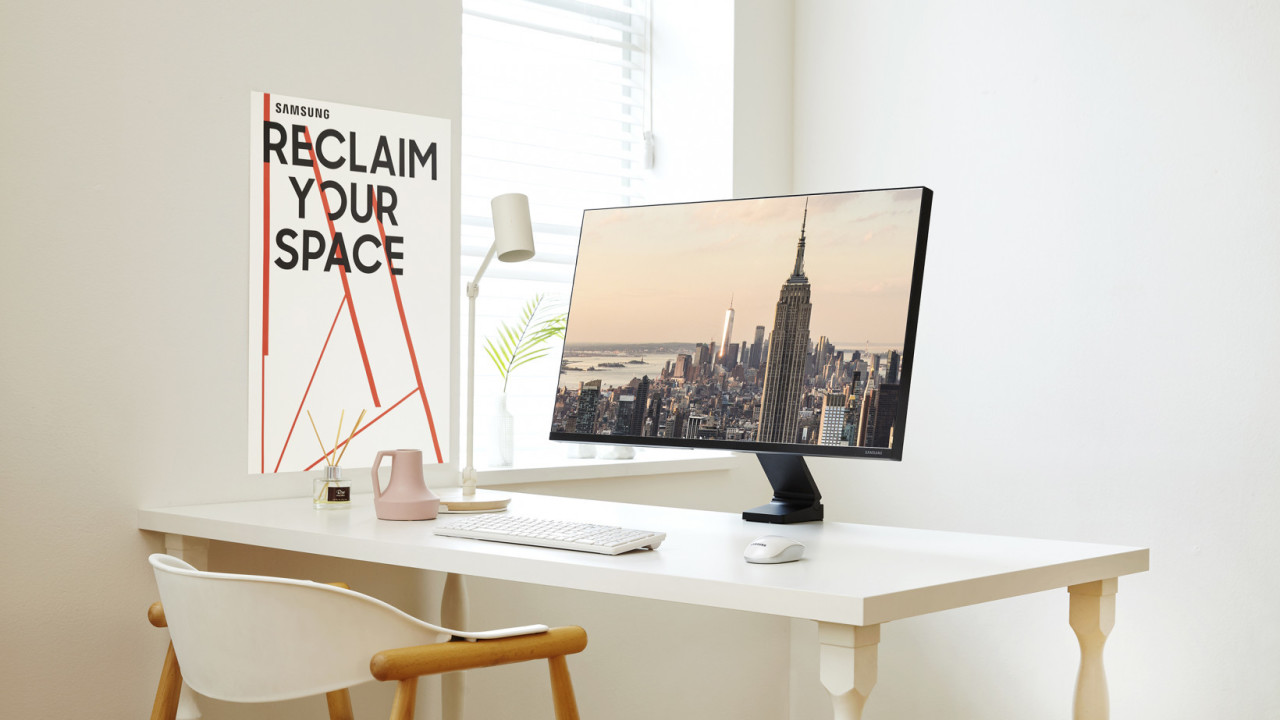 Review: Samsung's Space Monitor saved me from cluttered-desk hell