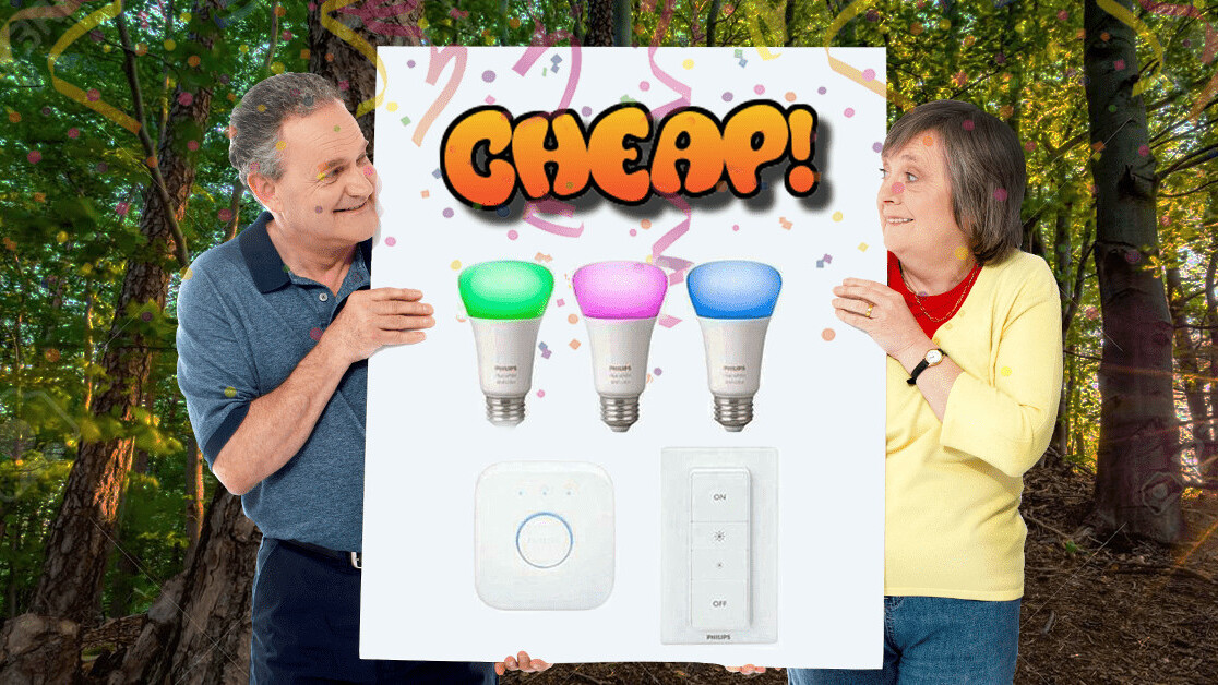 CHEAP: A Philips Hue starter kit (with white & color bulbs) for $110? SÍ, DA, JA, YES!