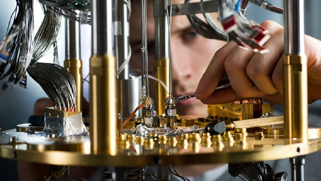 The Los Alamos nuclear weapons lab just bought a 5,000-qubit quantum computer