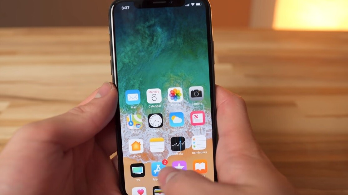 How to stop your iPhone screen going halfway down