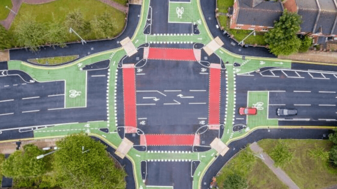 This UK intersection emulates Dutch road design to make city cycling safer