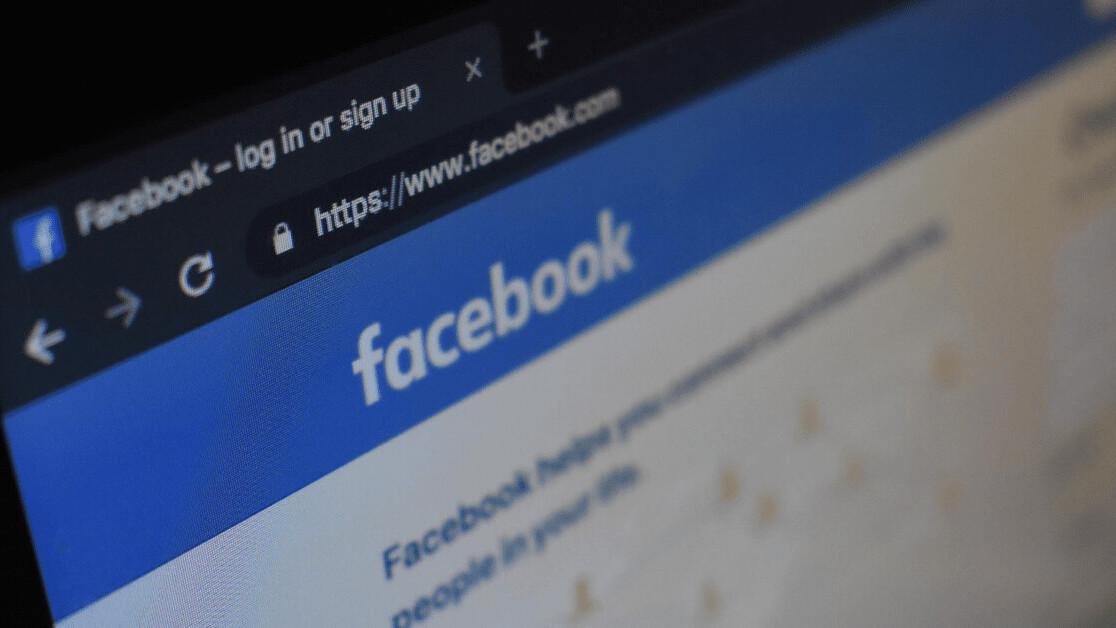 Does Facebook still sell discriminatory ads?