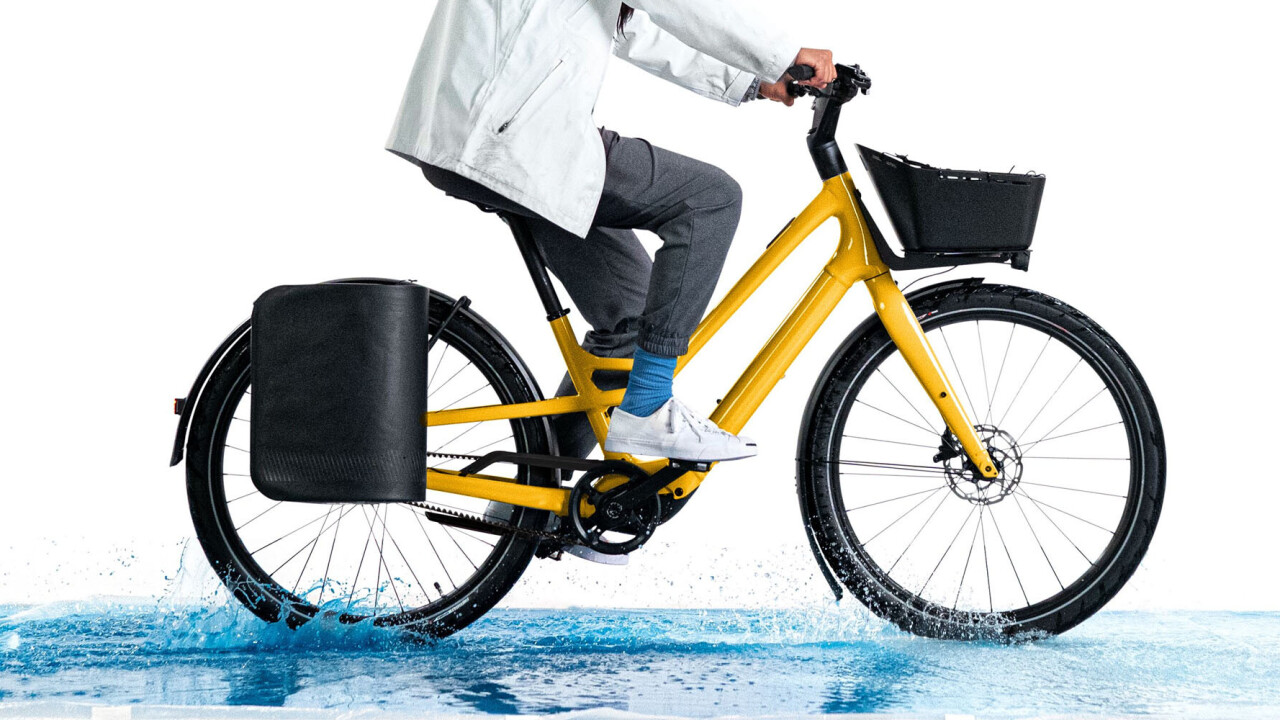 Specialized's Como SL is a lightweight cruiser ebike with cargo chops