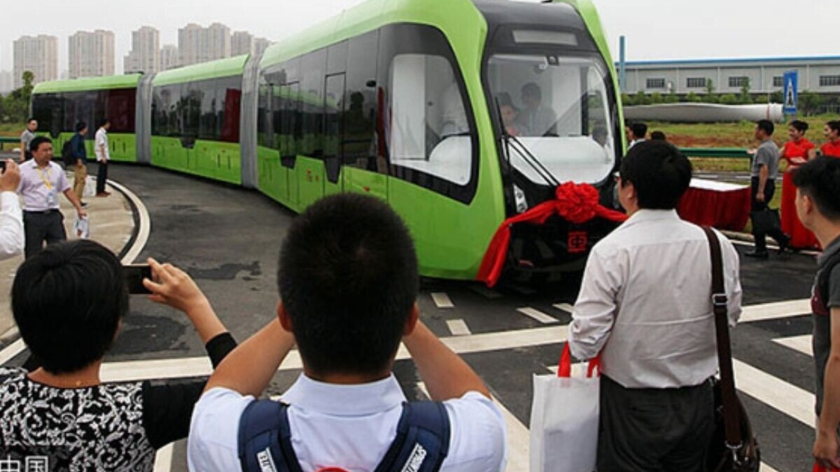 Is China's autonomous trackless train just a glorified bus? Yeah, pretty much