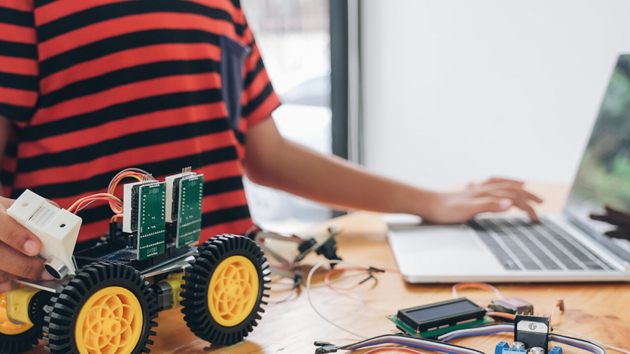 Want to code and build robots and other cool gadgets? This Raspberry training can help