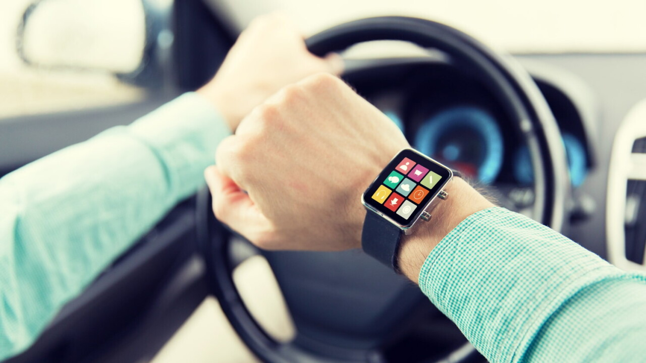 Smartwatches distract drivers more than phones