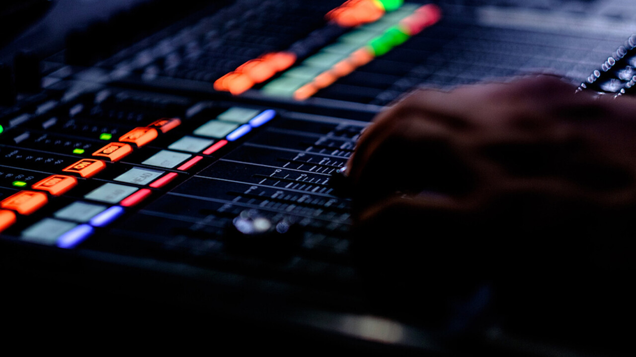 This $20 FL Studio training is the perfect introduction for beginner music producers