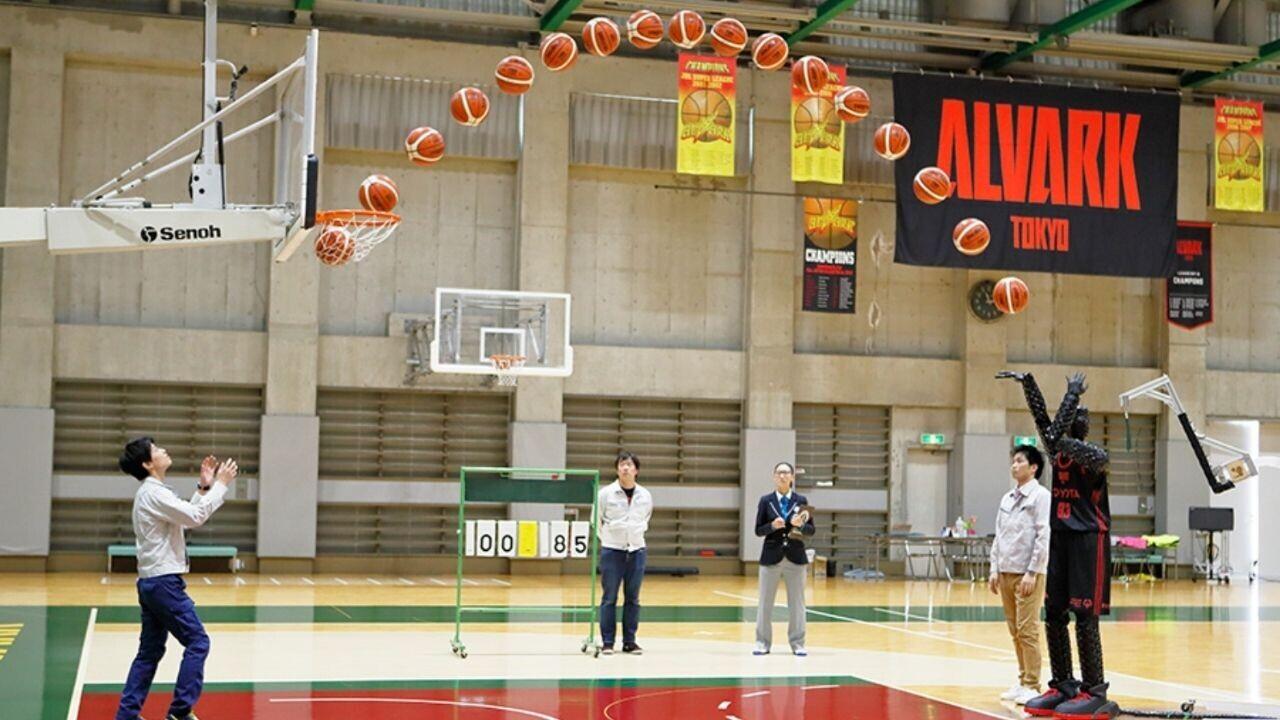 Watch a basketball robot show NBA stars how to shoot