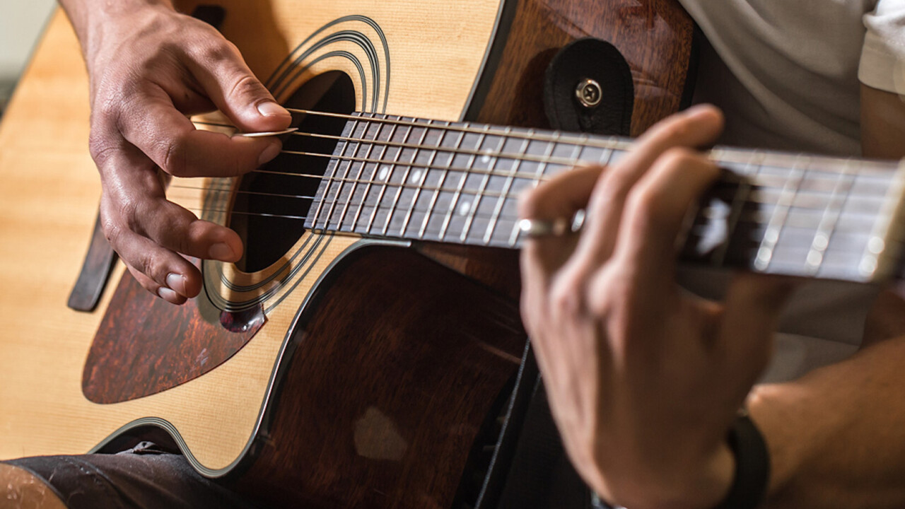This 14-course collection can turn a guitar novice into a serious ax wielder — and it's only $20
