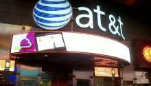 Slimmer iPhone 5 cases start showing up in AT&T stores