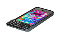 Typo 2 iPhone 5s keyboard case up for pre-order at $99, now a little less like a BlackBerry